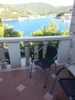 Cozy 2 bedroom Pucisca Apartment with Satellite Or Cable TV - Pucisca vacation rentals