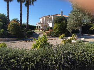 Large modern bedroom, ensuite, magnificent views. - Loule vacation rentals