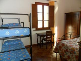 Appartamento EDERA vacanze in Toscana - Cascina vacation rentals