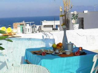 Trinchettina - typical house with sea view terrace - Polignano a Mare vacation rentals