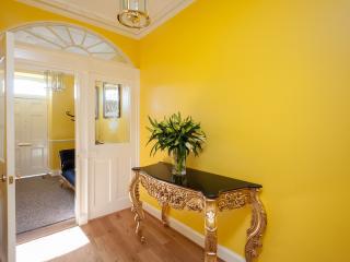 The Gardner's Crescent Residence - Edinburgh vacation rentals