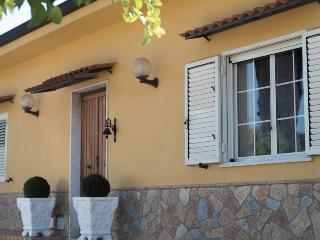 B&B La Casa della Nonna - catanzaro-corace-setting - Settingiano vacation rentals