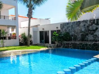 3 bed Spacious Villa in Tulum in pool complex - Tulum vacation rentals