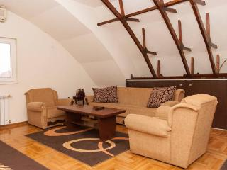 Comfortable Condo with Waterfront and Towels Provided - Belgrade vacation rentals