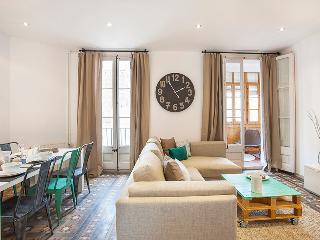 The Grande 1 Apartment - Barcelona vacation rentals