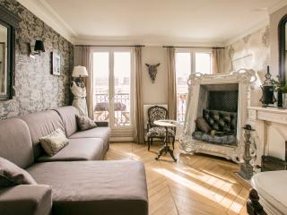 Superb typically Parisian flat - great location - Paris vacation rentals