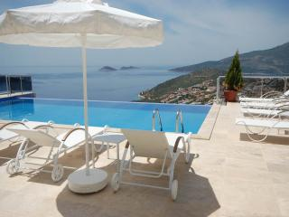 Perfect 5 bedroom Villa in Kalkan with Internet Access - Kalkan vacation rentals