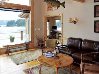 Comfortable Cottage with Deck and Internet Access - Sitka vacation rentals