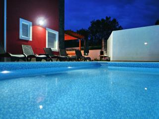 Charming 5 bedroom Villa in Slatine - Slatine vacation rentals