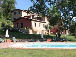 HolidayCottage 3pax  in Marche countryside, Aia - Camerino vacation rentals