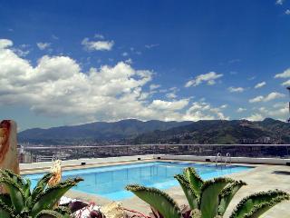 Beautiful Milla de Oro Poblado - Medellin vacation rentals