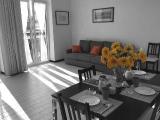 SweetHomeToledo centro storico - Napoli vacation rentals