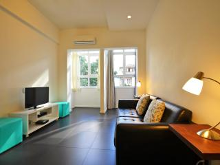 Beautiful and silent 2 bedroom apartment in Copacabana close to the beach. Up - Itaguai vacation rentals