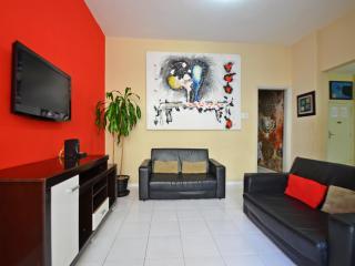 Vacation Rentals Apartment in Rio de Janeiro for up to 8 people D067 - Rio de Janeiro vacation rentals