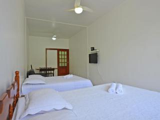 Spacious Apartment in Rio. C017 - Rio de Janeiro vacation rentals