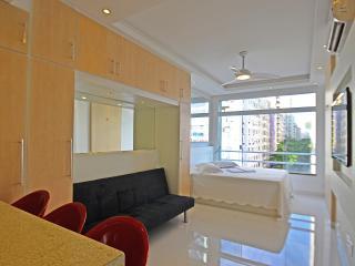 Copacabana Vacation Apartment Rio de Janeiro C062 - Rio de Janeiro vacation rentals