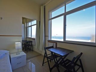 Beachfront vacation rental in Rio U011 - Rio de Janeiro vacation rentals