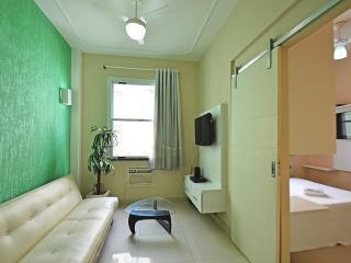 Vacation Rentals Apartment with 1 bedroom in Copacabana close to the beach U004 - Rio de Janeiro vacation rentals