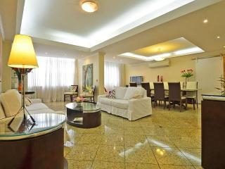 Vacation Apartment in Rio de Janeiro T018 - Rio de Janeiro vacation rentals