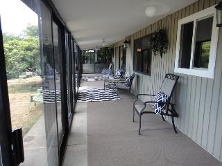 Beaverton Oasis Suite Centrally Located Pets OK - Portland vacation rentals
