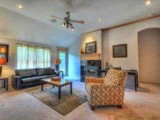 Spacious Edmond Home Fully Furnished - Edmond vacation rentals
