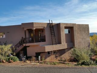3Br - 2500ft2 - Gorgeous Furnished Sedona Rental - Sedona vacation rentals