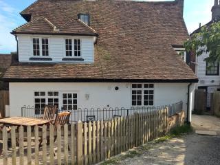 4 bedroom House with Internet Access in Cranbrook - Cranbrook vacation rentals