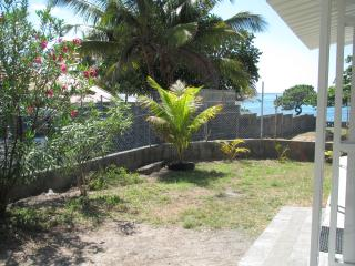 Beautiful 2 bedroom Vacation Rental in Pointe d'Esny - Pointe d'Esny vacation rentals