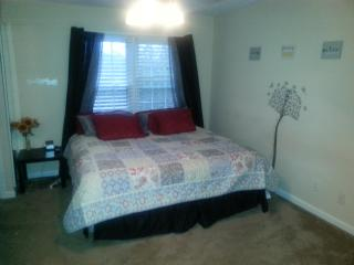 Charming 3bd/ 3.5 bath in Townhouse in Roswell - Roswell vacation rentals