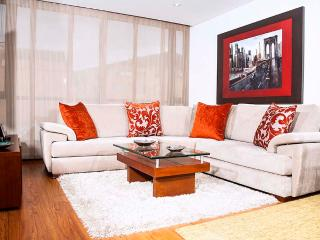 Inviting 3 Bedroom Apartment in Santa Paula - Bogota vacation rentals