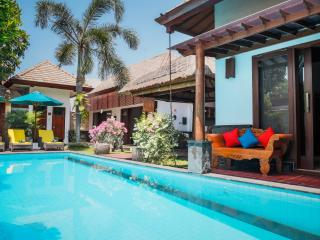 5' walk from beach, 3bd villa with pool, Seminyak - Seminyak vacation rentals