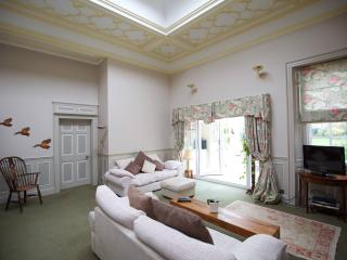 Newly listed Luxury apartment nr Lincoln Cathedral - Lincoln vacation rentals