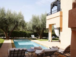 ABALYA 23 : Villa avec piscine privée et services. - Marrakech vacation rentals