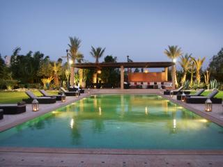 Bright 7 bedroom Marrakech Villa with Internet Access - Marrakech vacation rentals