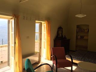 Nice 1 bedroom Condo in Villa Faraldi - Villa Faraldi vacation rentals