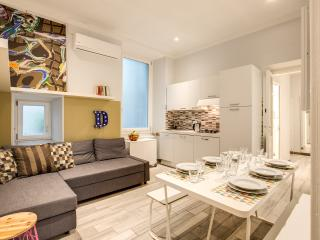 Cavour 3 bdrms Suite - La Spezia vacation rentals