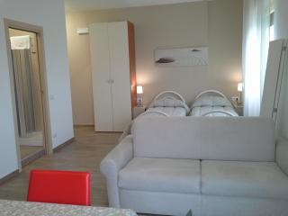Grazioso monolocale a un passo dal casello - San Salvo vacation rentals