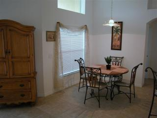 Spacious 4 bedroom Villa in Four Corners - Four Corners vacation rentals