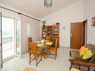 Family apartment with sea view - Dugi Rat vacation rentals