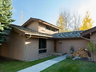 Golf_Creek Ranch condo - Great Two Bedroom Unit Close to the National Parks - Jackson vacation rentals