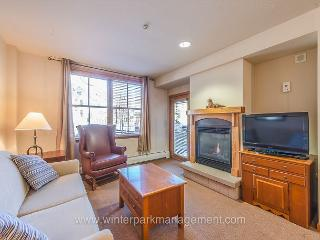 Ski in Ski out slope side building one bedroom at the Zephyr Mountain Lodge. - Winter Park vacation rentals