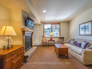 Ski in Ski out 2 bedroom at the Zephyr Mountain Lodge. Sleeps 6 to 8!! - Winter Park vacation rentals