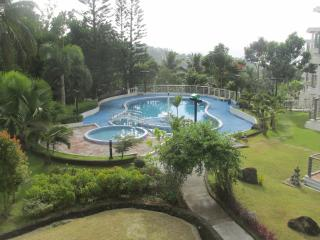 Tagaytay Spacious Condo Villas for rent - Tagaytay vacation rentals