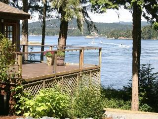King Fisher Manor in Sooke 3 bedroom Main House - Sooke vacation rentals
