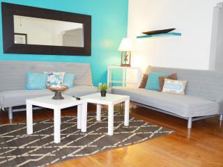 $99 tonight Cottage by the Sea (4) - Miami Beach vacation rentals