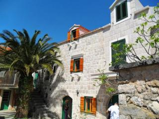 Nice Condo with A/C and Television - Podgora vacation rentals