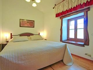 2 bedroom House with A/C in Momjan - Momjan vacation rentals