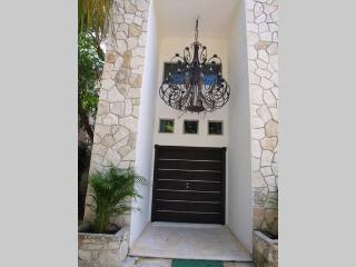 Beautiful 4 bedroom house in a private comunnity - Playa del Carmen vacation rentals