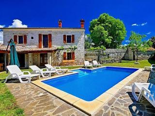 David - Mofardini vacation rentals