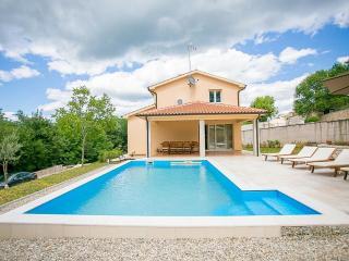 Nonanina - Mofardini vacation rentals